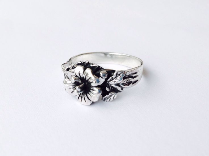 Flower Ring from my Etsy shop https://www.etsy.com/listing/484357082/flower-ring-nature-ring-botanist-leaf. #ElvishRing #Thumberlina #FlowerRing #PixieRing