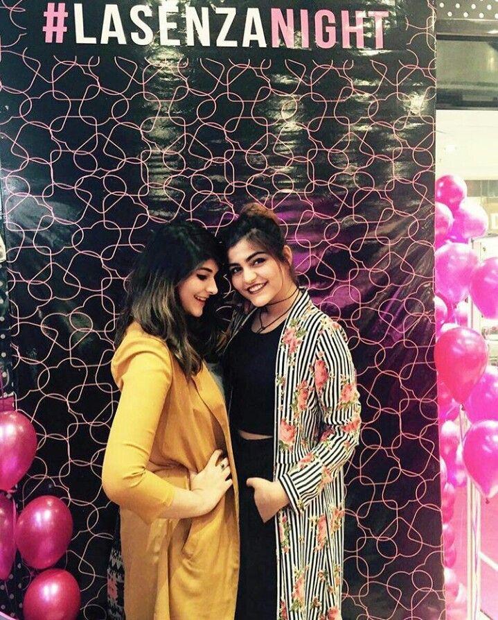 #KhuranaSisters Kritika Khurana with Deeksha Khurana