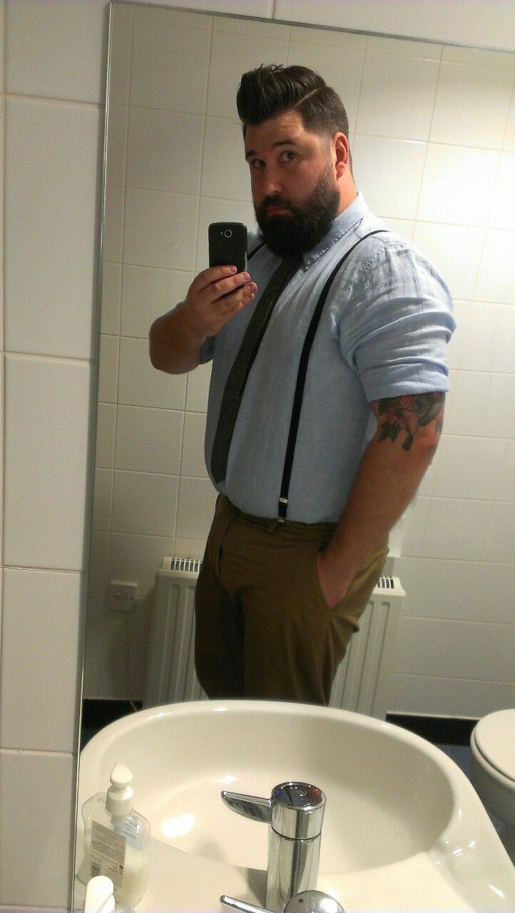 http://bigguyflyy.tumblr.com/ for big guy fashion!!! anescaperouteofoldroutine: A girl on the course I'm running today has just told me that I am dressed like a geography teacher. She kind of has a point..