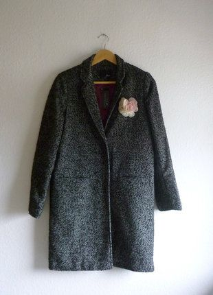 À vendre sur #vintedfrance ! http://www.vinted.fr/mode-femmes/manteau-boyfriend/26491709-neuf-avec-etiquette-veste-manteau-34-ample-loose-laine-modele-boyish-artist-gris-chine-etam-40-l