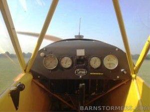 J3-Piper Cub_Cockpit