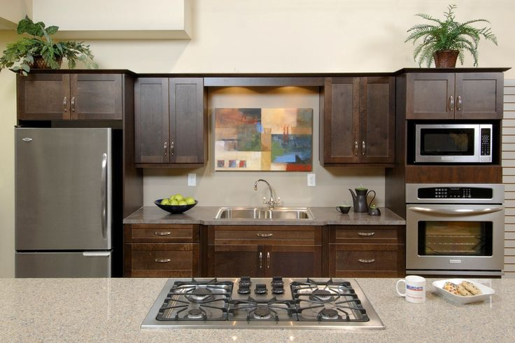 There are a few things that differentiate us from our international competitors, once you read this list of unique reasons to choose Euro-Rite, we're sure you'll think of us for your next kitchen remodeling project.
