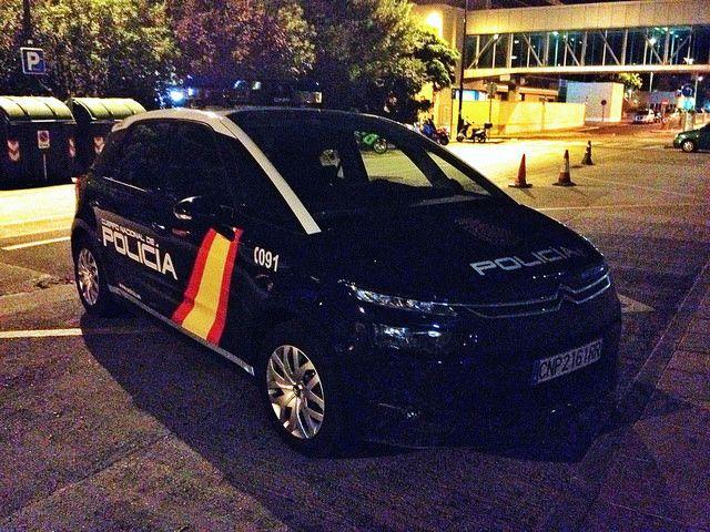 Cuerpo Nacional De Policía. Citroen C4 Picasso | Flickr - Photo Sharing!