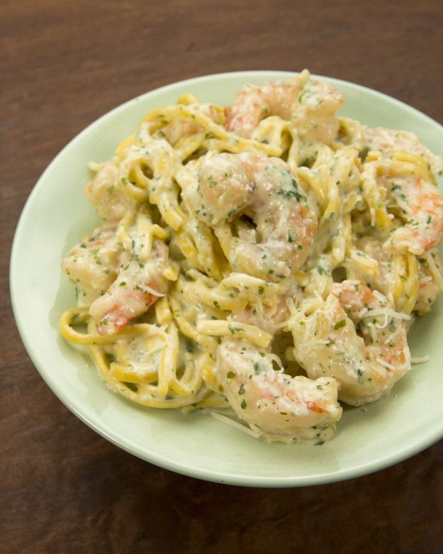Green Sauce Shrimp Pasta