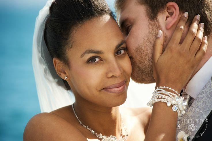 Nouvelle photo de mariage  CreativeView News - Plus de photos sur http://ift.tt/2CPFfCI