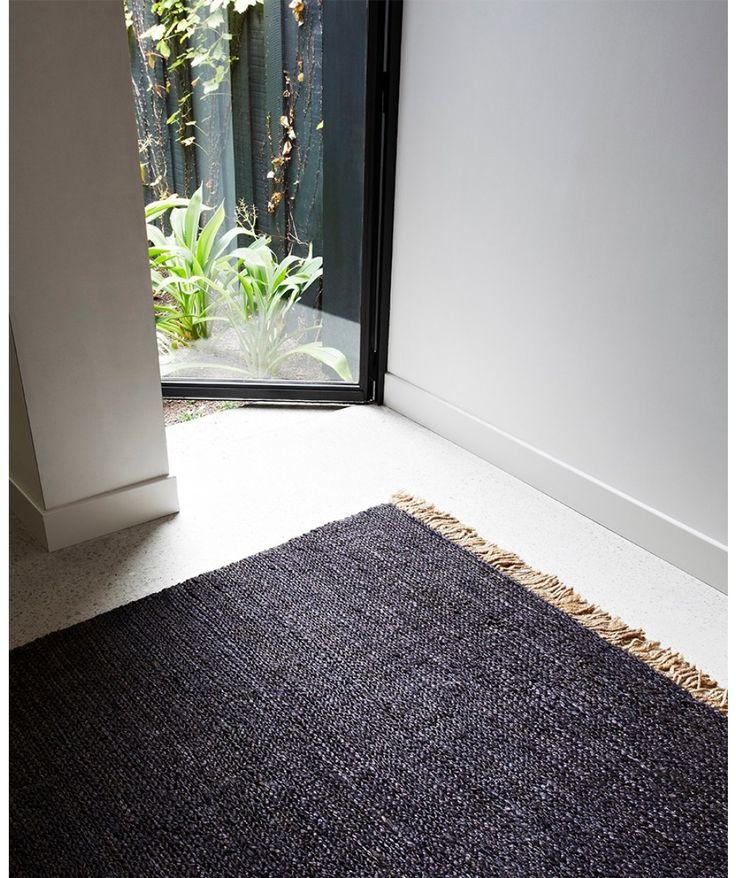 Sahara weave floor rug - charcoal - Armadillo and Co | - Ea