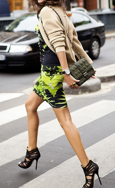 From refinedstyle.tumblr.com  Love those shoes!