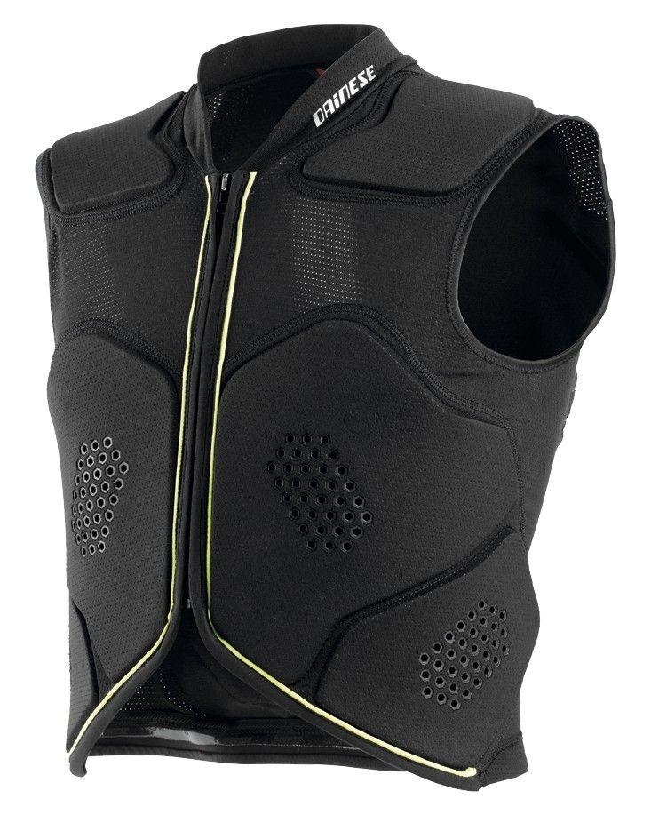 El chaleco Rhyolite Vest ha sido específicamente diseñado para ofrecer la máxima comodidad sobre el sillín, dejando el área abdominal libre de cualquier tipo de limitación. La protección de espalda de nivel 2 integrada está realizada con diferentes capas de espuma con retención de memoria Crash Absorb® forman un sandwich con increíbles propiedades de absorción de golpes. Los protectores están diseñados para adaptarse a la forma del cuerpo y a sus movimientos, y cubren pecho y costillas.El…