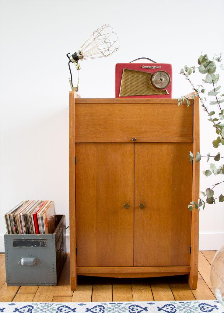 17 meilleures id es propos de tourne disques sur pinterest platine rangement de disques et. Black Bedroom Furniture Sets. Home Design Ideas