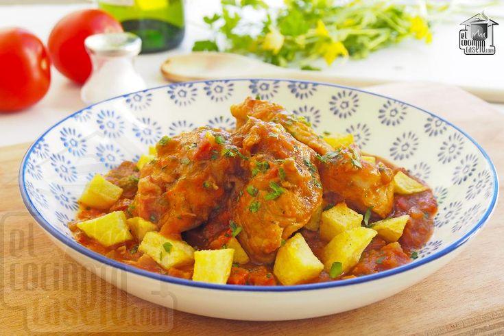 Pollo al chilindrón. Receta de pollo al chilindrón. Originaria de Aragón, es una de las recetas tradicionales de la gastronomía española. #ElCocineroCasero #Pollo #PechugaDePollo #PolloAlChilindron #Chilindron #PolloFacil #RecetaEspanola #Chicken