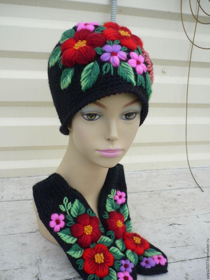 """Купить Шапка + варежки с ручной вышивкой """"Яркий"""" - черный, цветочный, шапка, шапка вязаная"""