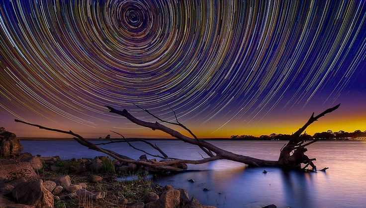 Light over the lake: Sun starts to rise over Lake Eppalock in AustraliaPhotos, Shoots Stars, Stars Trail, Lincolnharrison, Starry Night, Lincoln Harrison, Night Sky, Startrails, Australian Outback