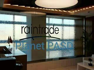 Raintrade genel merkez lobisi cam su perdesi.