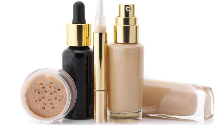 Tańsze zamienniki kultowych kosmetyków do makijażu