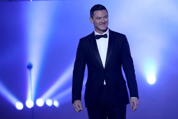 Luke Evans is seen on stage at the GQ Men of the year Award 2016 show (german: GQ Maenner des Jahres 2016) at Komische Oper on November 10, 2016 in Berlin, Germany.