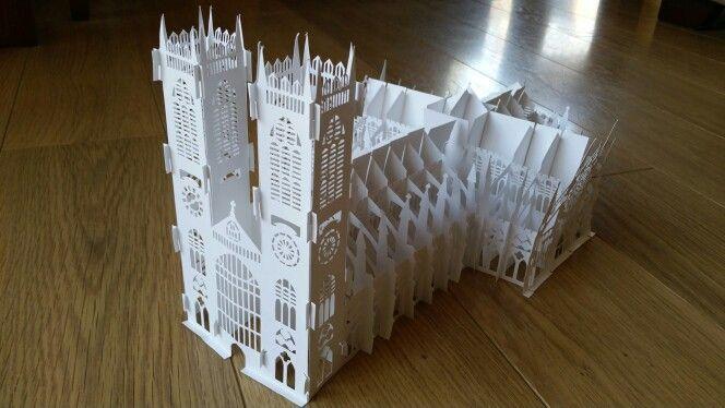 Origami arquitectonico: La Abadia de Westminster