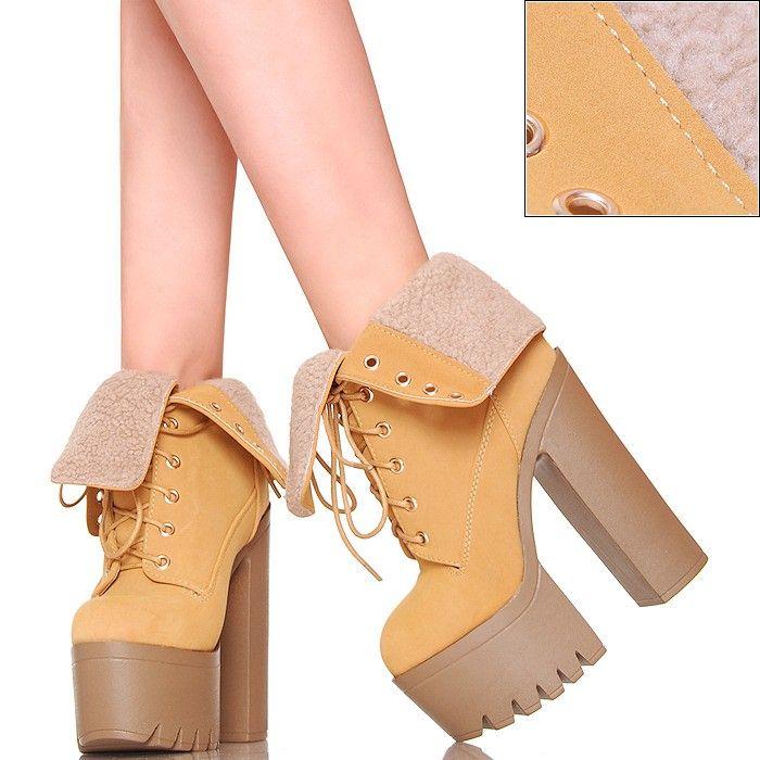 Botki Wysokie Miodowe Wywijane Futro Trapery - www.BUU.pl #shoes #fashion