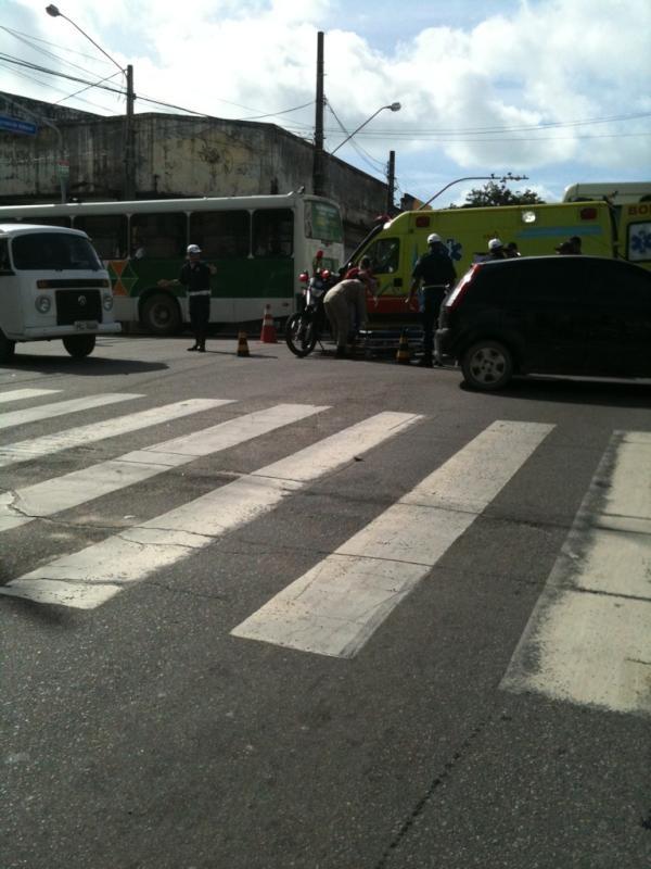 DG1 no Trânsito: Imagens do dia 09 de julho de 2012: Trânsito da Região Metropolitana do Recife