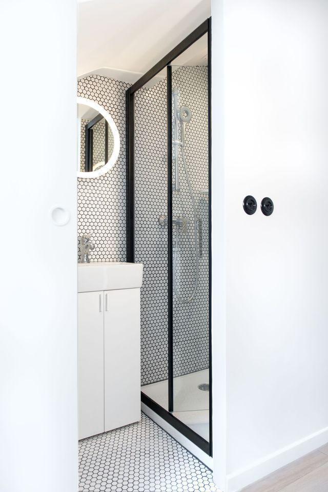 Petite salle d\'eau : des aménagements bien pensés | Toilette douche ...