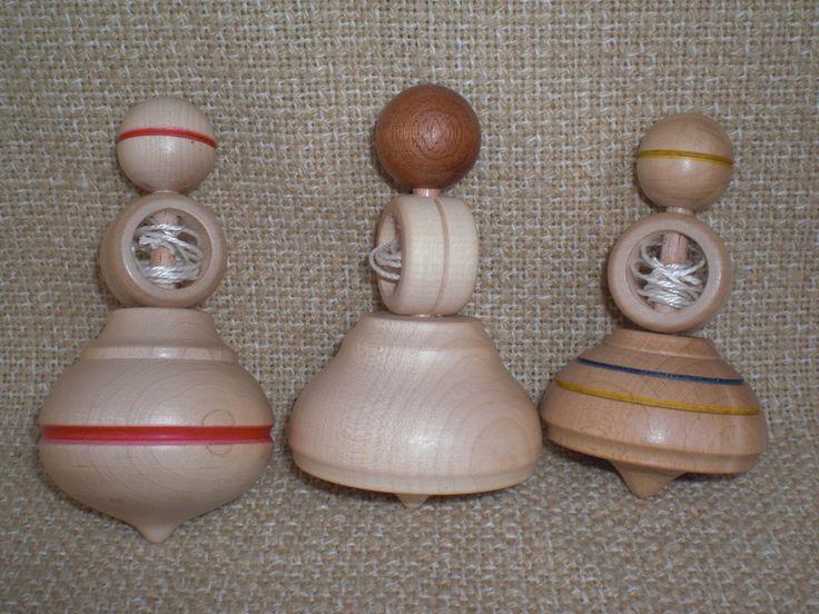 Schnurkreisel, gedrechselt von Pfiffiges aus Heu, Wolle und Holz auf DaWanda.com