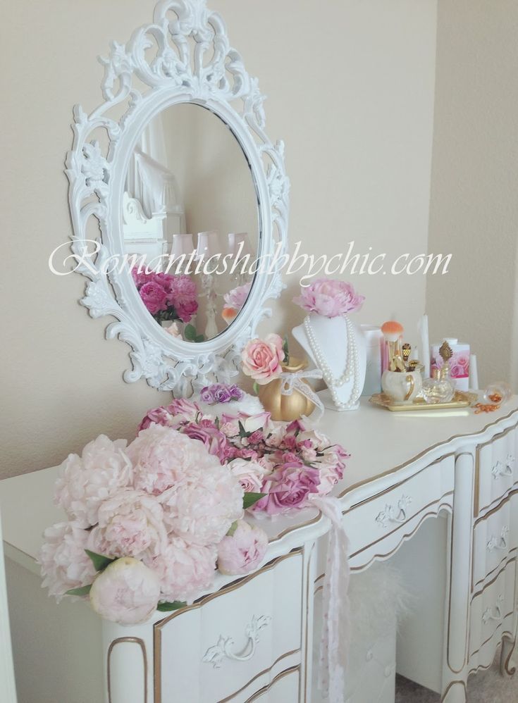 Shabby Chic. 17 Best images about  Boudoirs And Vanities  on Pinterest   Shabby