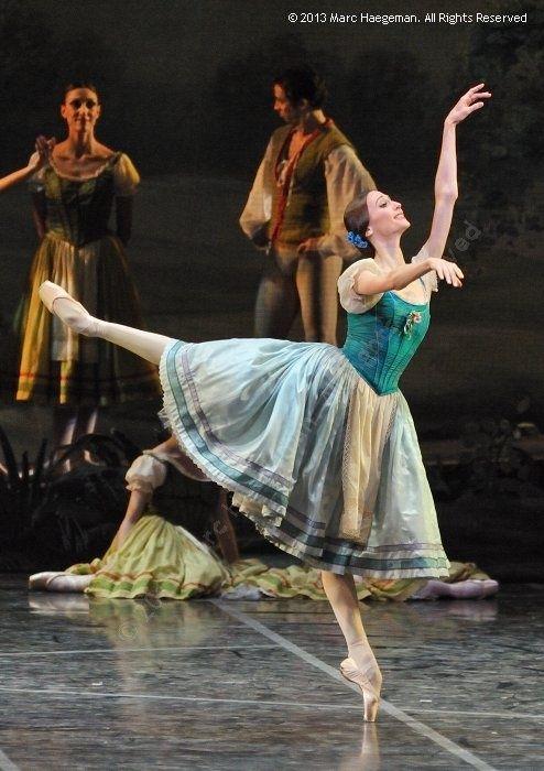 Svetlana Zakharova in Giselle at Teatro dell' Opera di Roma (9 Febr. 2013). Photo by Marc Haegeman