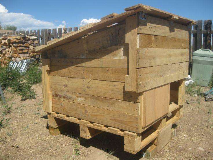 another pallet coop | Wood Pallet Chicken Coops | Pinterest