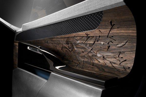Concept Car EXALT, Türinnenansicht mit verwendeten Materialen Holz, Metall, Leder und Stoff - © Peugeot Deutschland GmbH