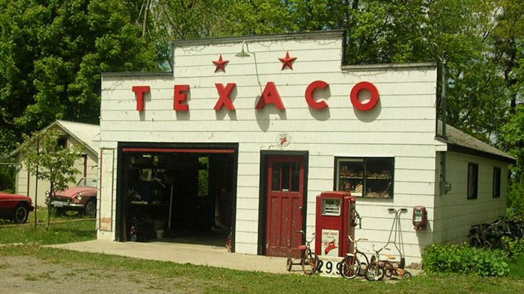 Old Texaco station in Cherry Valley