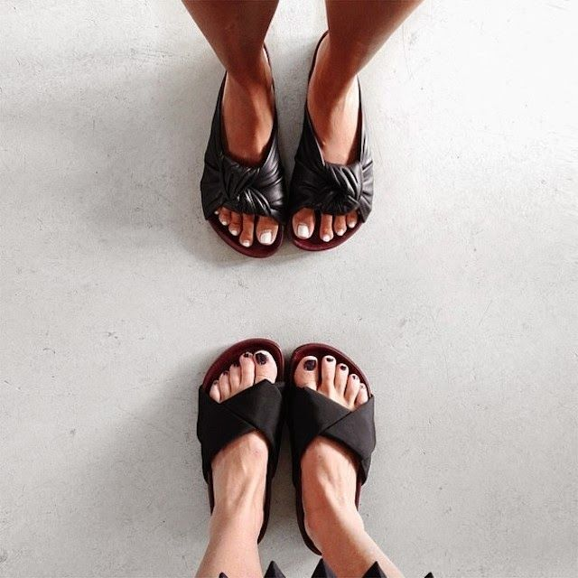 Style | Trending : Birkenstocks and criss-cross sandals