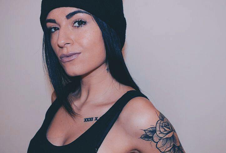 """61 Gostos, 1 Comentários - Emma Santos (@emma_santos_mys) no Instagram: """"Be you, bravely  #vsco #oitb #urban #beautyblogger  #fashionblogger  #tattoogirl…"""""""