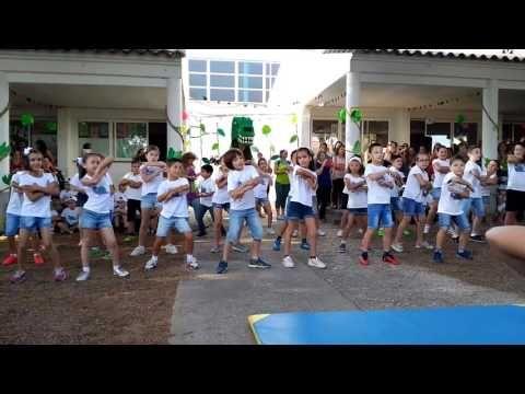 (82) Baile bienvenida convivencia - YouTube