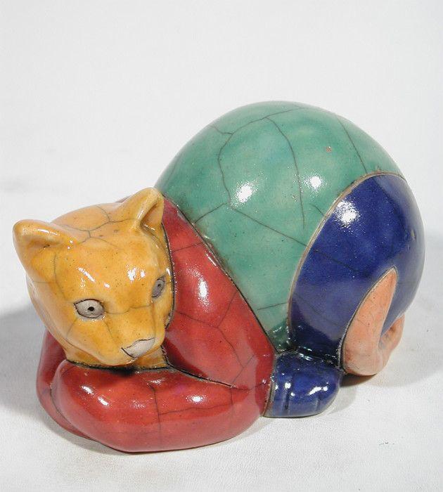 KRUGER SIAMESE CAT МАЛЫЙ C52  Размер: 12 Х 8 Х 7 См Цена: 35 €  Céramique d'Art Раку CATS Divart ремесла, оптовые Раку керамики художественные, фаянсовые. - Париж, Франция