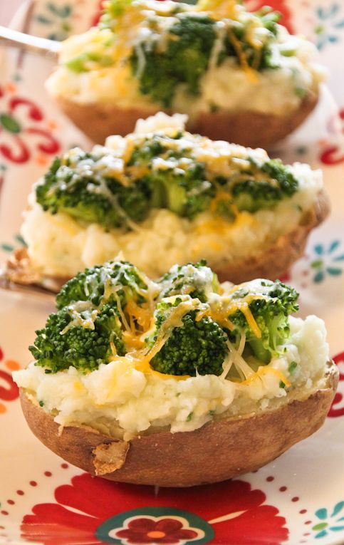 These twice baked potatoes are super filling, kid-friendly, vegetarian, gluten-free, and are perfect for an entree that the whole family will love.Nutritional Info Per Serving: 146.5 Calories, 3.5g Fat, 152.5mg Sodium (without any added salt) 23g Carbs, 2.5g Fiber, 1.5g Sugar, 8g Protein #healthyrecipe #shape4life #idealshape