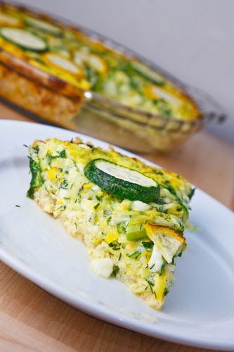 Herbed Zucchini and Feta Quiche with a Brown Rice Crust - for leftover brown rice!  #gf #workLunch