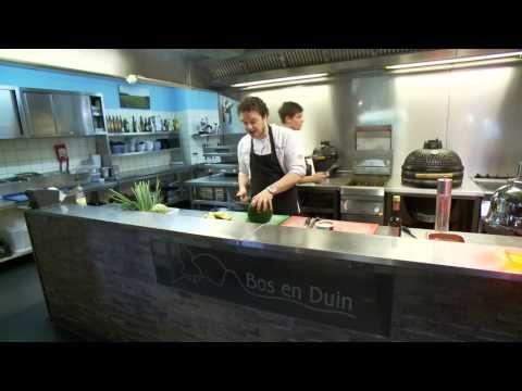 Maar liefst 32 lokale chef-koks rollen de mouwen op tijdens Texel Culinair (11-13 september) om met elkaar de strijd aan te gaan. Inzet: wie creëert het mooiste gerecht met typisch Texelse ingrediënten? Het resultaat: een stoet van culinaire hoogstandjes, waar je als bezoeker volop van mag proeven. www.texelaar.nl