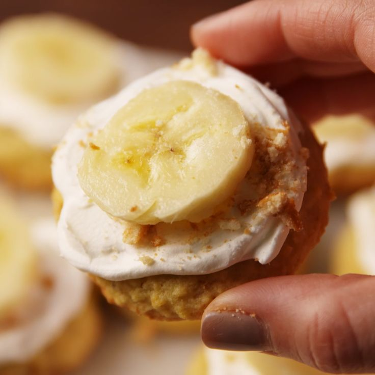The only way to make banana pudding better is to serve it in cookie form.
