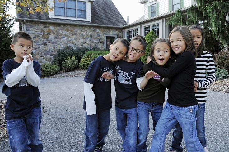 """Kate Gosselin and Jon Gosselin's Kids Are """"Prisoners in Their Own Home"""" (EXCLUSIVE)"""