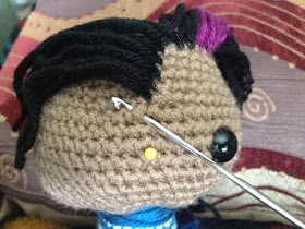 Amigurumi: the art of attaching hair crochet and ...