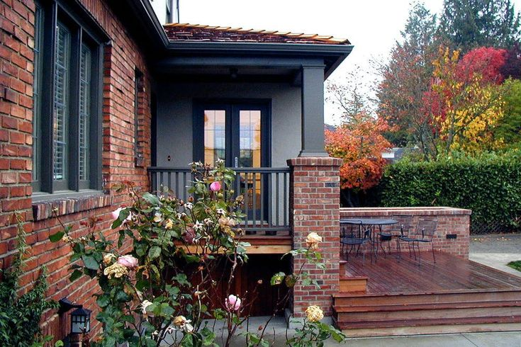 Exterior Paint Color Trends We're Head Over Heels in Love With