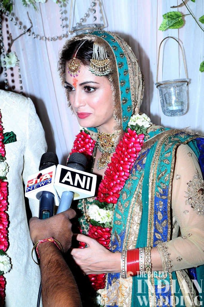 One of our favorite Bollywood girls, Dia Mirza, got married this past weekend!   Squeeee!!!  She married filmmaker Sahil Sangha at a farmhouse in New Delhi.  Their wedding was decorated with white flowers and streaming white fabric, looking a beach boho wedding meets the farm.  For the wedding outfit, Dia decked out in a Ritu Kumar lengha in gold  [...]