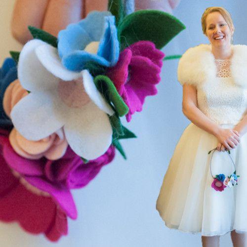 Origineel Winterboeket, wedding in winter, felt wedding, felt flower bouquet | www.be-flowerd.nl