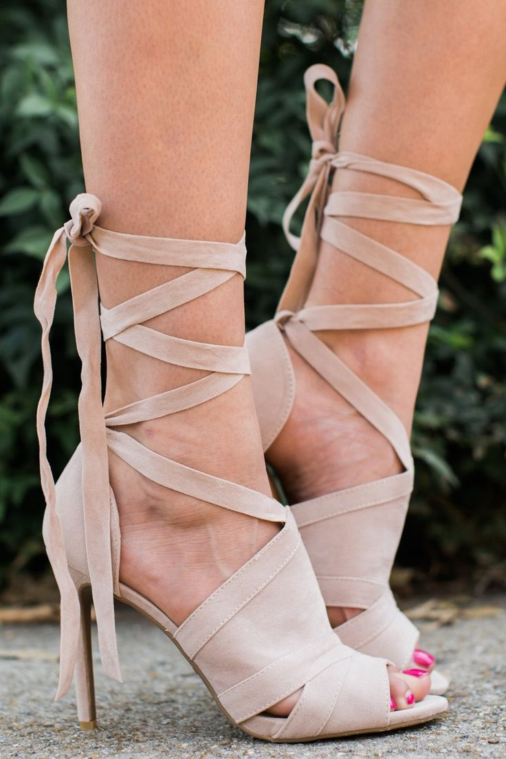 love these lace up heels