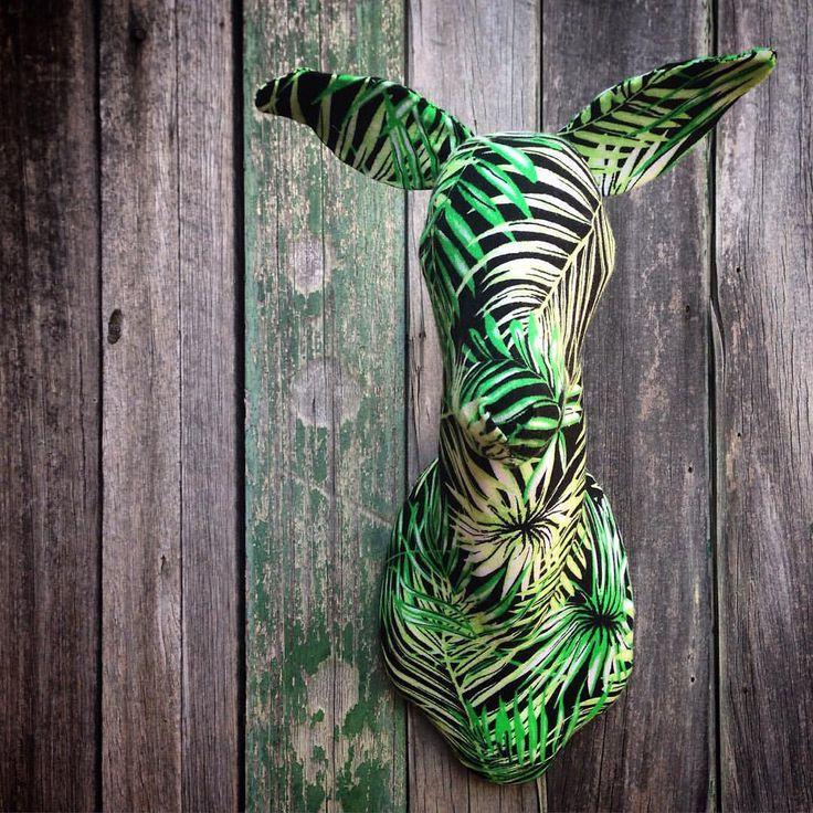 #botanical #deer #smalldeer #fauxtaxidermy #fabrictaxidermy #fabricart #textileart #textiletaxidermy #vegantaxidermy #vegan #theworkofmkd
