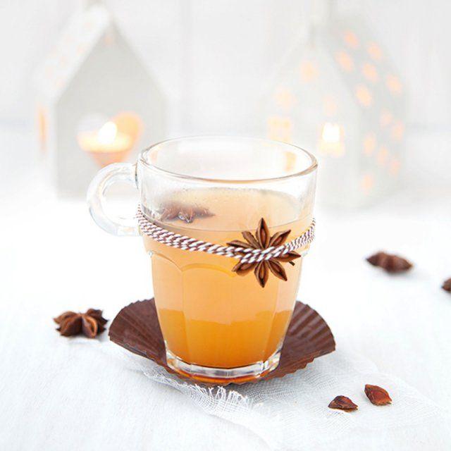 La recette du jus de pomme chaud / boisson pour l'hiver