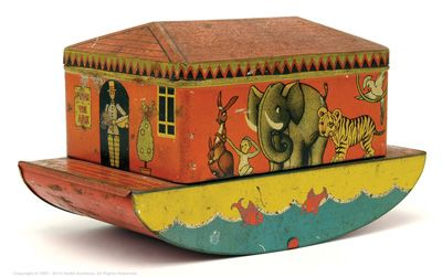 Noah's Ark Tinplate Biscuit Tin 20th Century