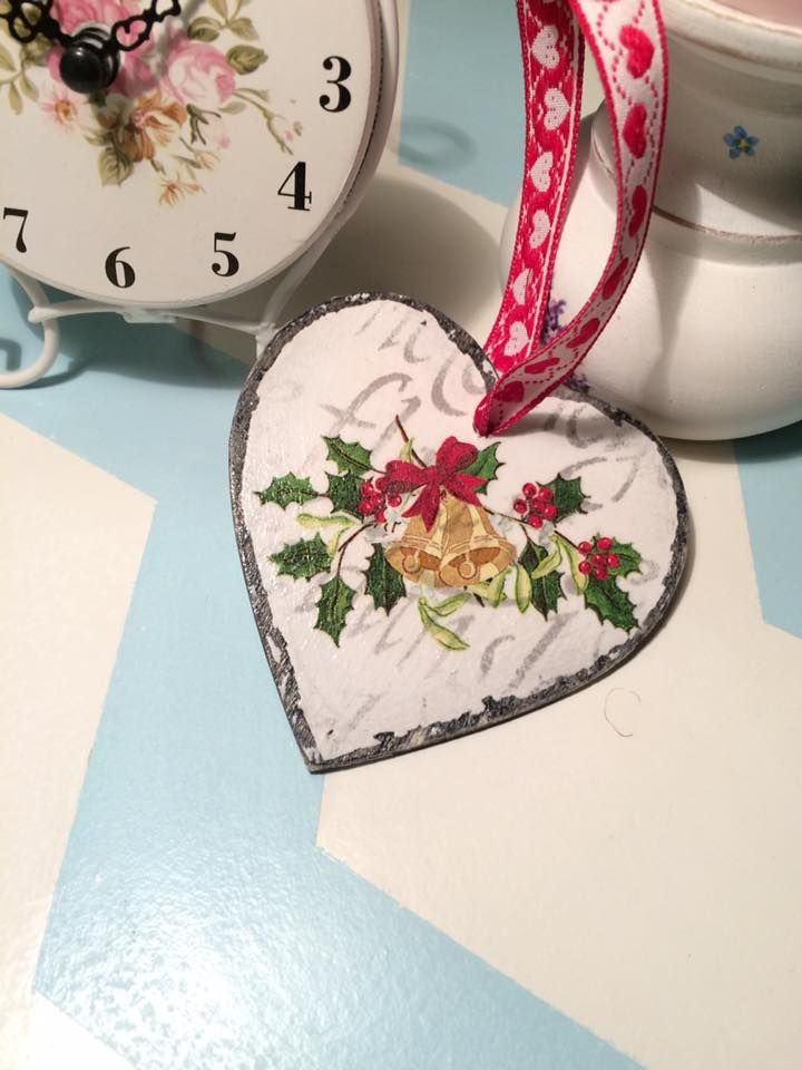 Decoupaged Christmas heart