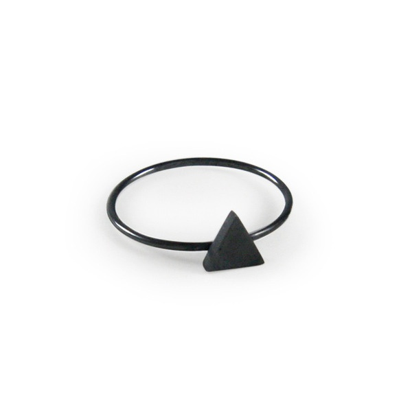 Ox Triangle Ring