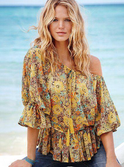 Off the shoulder Georgette blouse from Victoria's secret.