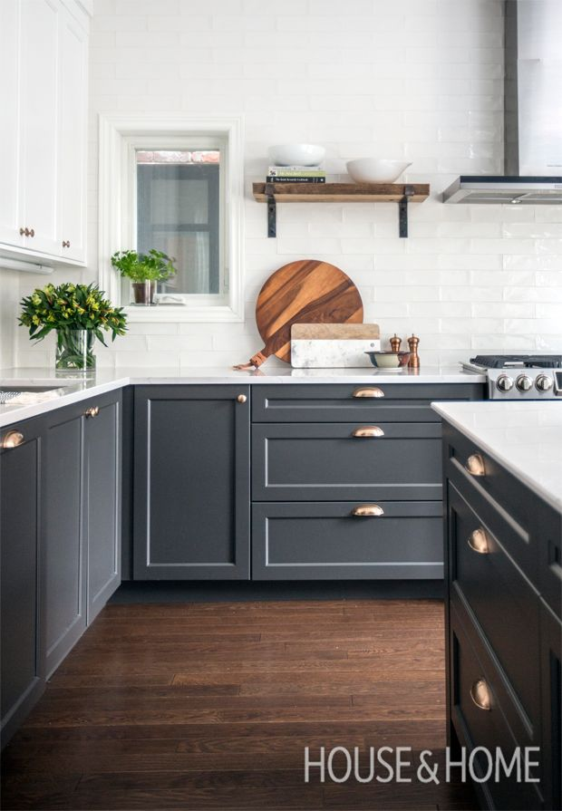 A single floating shelf next to the stove is the perfect easy-to-reach spot to store cookbooks and serve ware. | Photographer: Jason Stickley | Designer: Linnea Lions